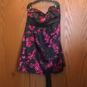 Strapless flower print dress